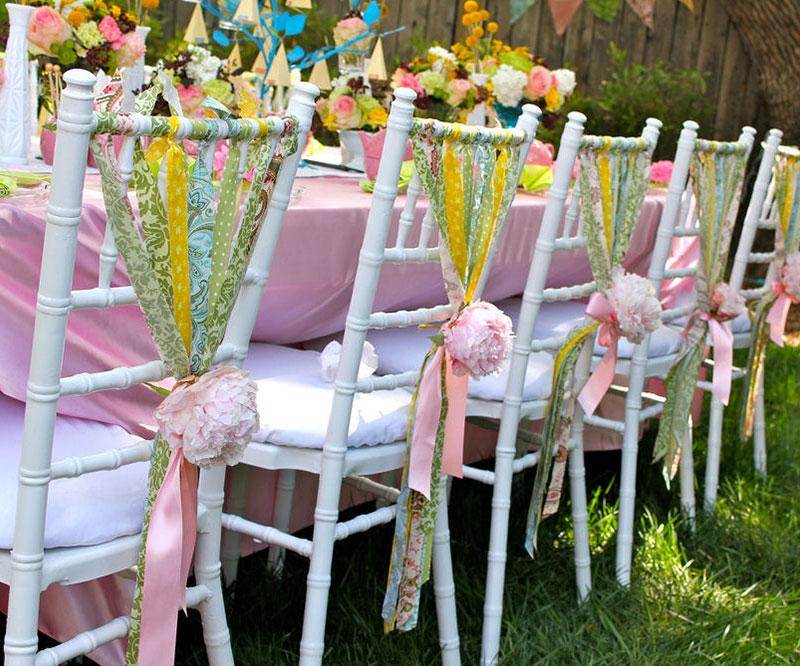 Оформить стул на свадьбу своими руками
