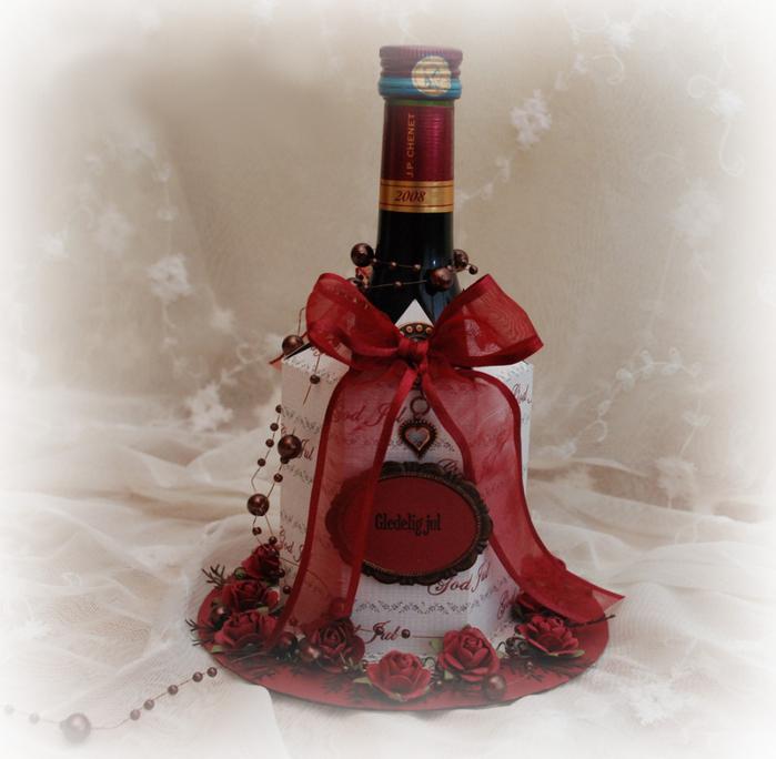 Бутылка в подарок женщине своими руками