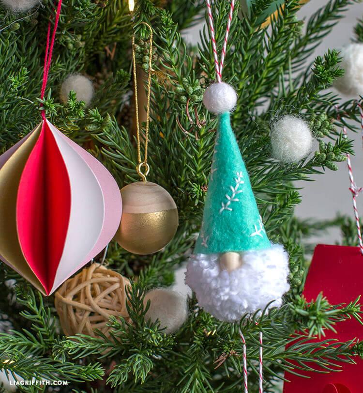 Как сделать гнома для декора подарка