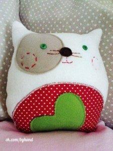 Украшать подушки для детей