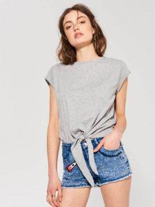 Как сделать майку из футболки - простой мк