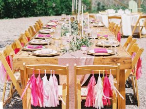 Декор стульев на свадьбу - мк и шаблоны бумажных цветов