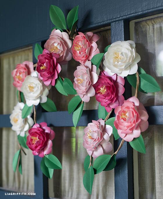 Как сделать бумажные цветы для декора